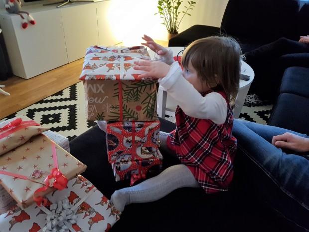 Stapla julklappar på julafton